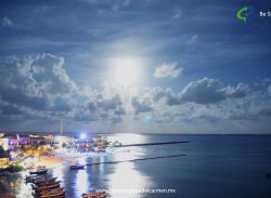 Playa del Carmen Full Moon – Time Lapse